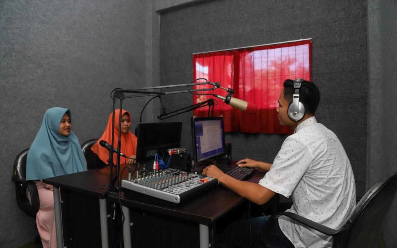 Corner Broadcasting