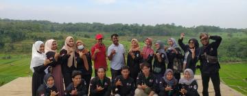 Praktik Menulis Feature, Mahasiswa KPI Unisnu Jepara Hunting Objek Wisata Taman Loka Jaya Tengguli