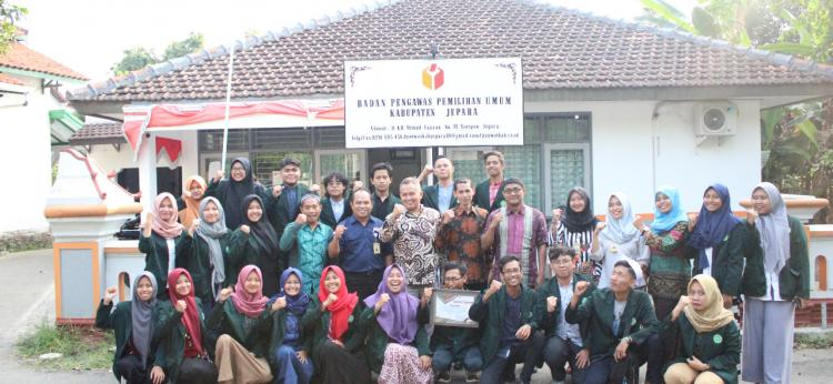 Mahasiswa KPI Gelar Kuliah Kunjungan di Bawaslu Jepara