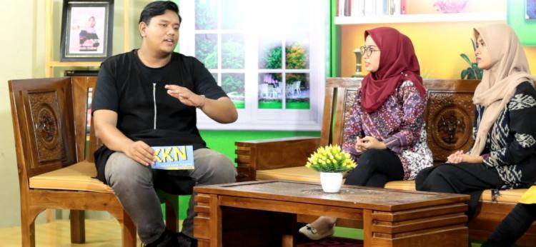 Praktik Produksi Acara Talkshow, Hadirkan Mahasiswa dari Thailand sebagai Tamu